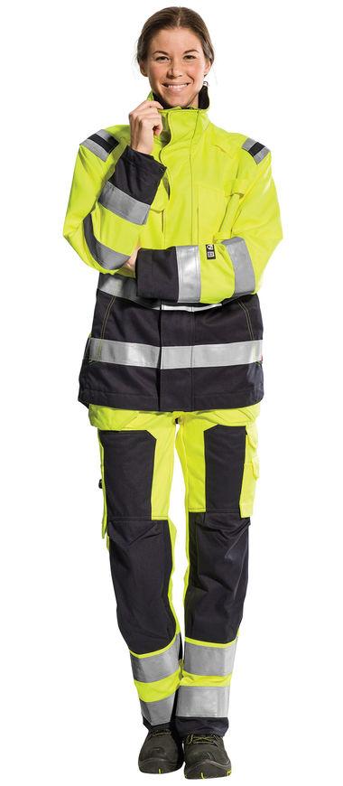 Brandhæmmende lag på lag systemet - lag 3 arbejdsbukser og arbejdsjakke med brandhæmmende beskyttelse og høj synlighed