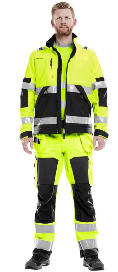 High visibility clothing recommendations for you working on roads, railroads etc