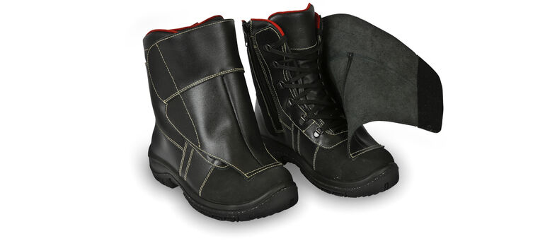 safety shoes with w-tex