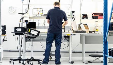 ESD, elektrostatisk laddning - Industrikläder   handla på Fristads.com