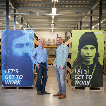 Fristads Solutions Jan en Erik in het Fristads warehouse in Breda (mobiele weergave)