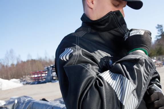 Flex outdoor musta takki Leijona