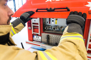 Fire-fighter glove