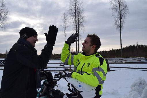 Leijonaurokset Saku ja Sebastian – pilkiltä motocross-rampeille!
