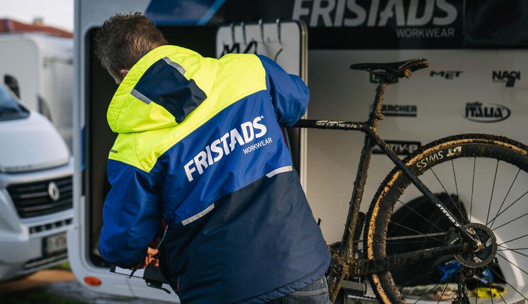credishop_fristads_team_mechanics